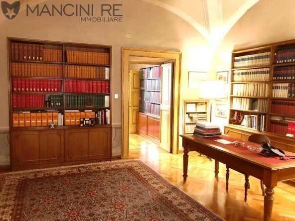 Ufficio Centro Storico Piazza di Spagna Vendita di Mancini RE Immobiliare
