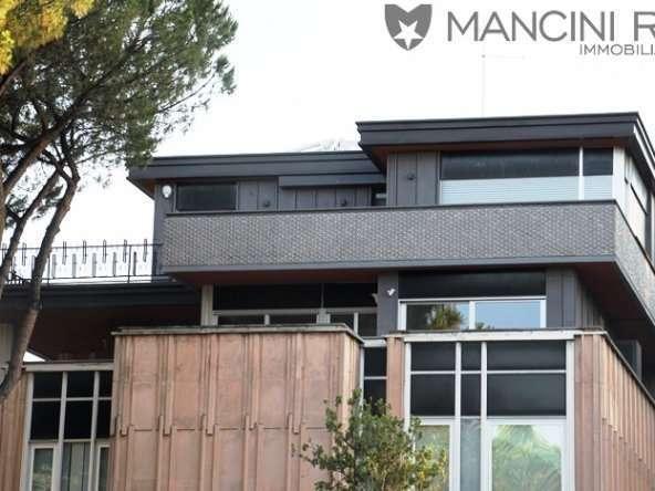 Prestigioso Attico Affitto Eur Laghetto di Mancini RE Immobiliare