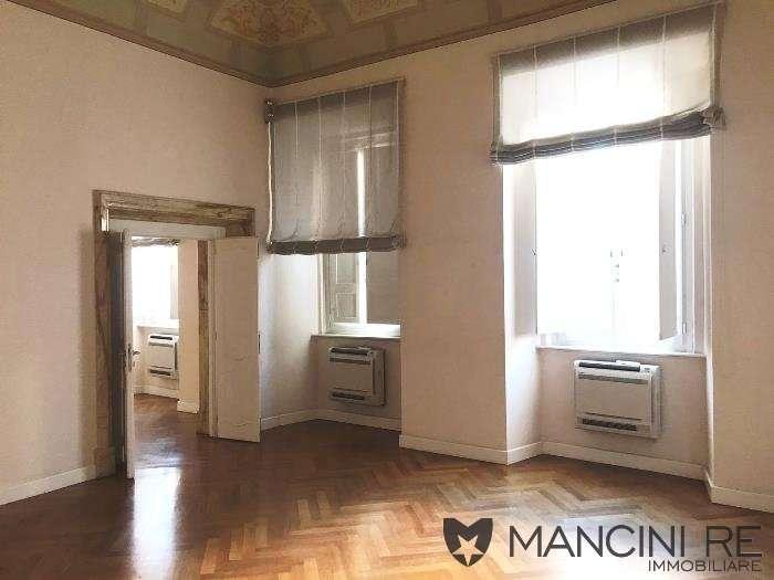Centro Storico Ufficio A/10 affitto di Mancini RE Immobiliare